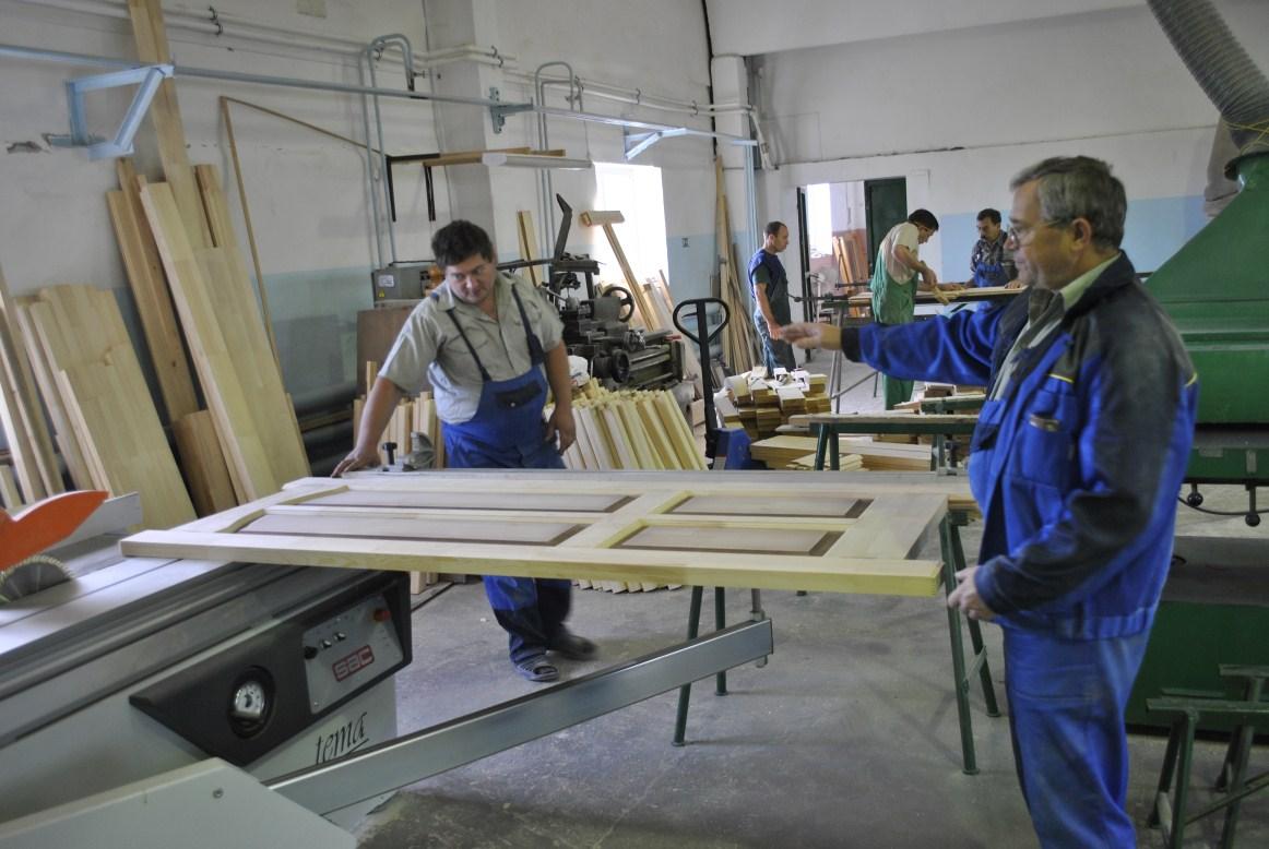 Изделия из дерева в Кургане - столярная мастерская Дубрава